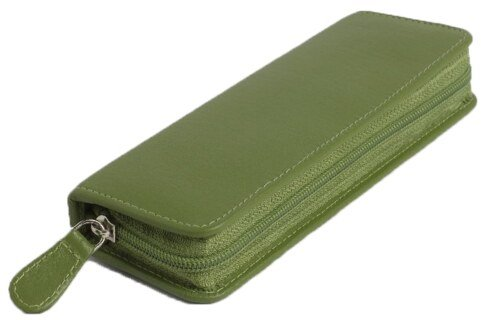 30 - Remedy case in high-quality cowhide - green